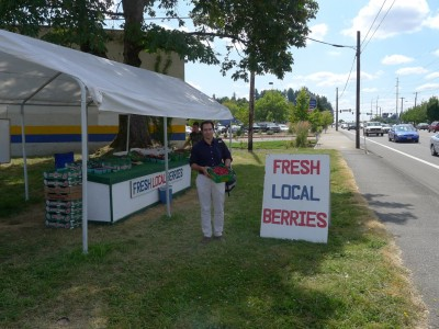 Traceback: Dr. Tourdjman and team visit a local berry stand.